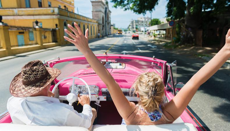 一度はかなえたい夢!キューバでクラシックカーに乗りたい