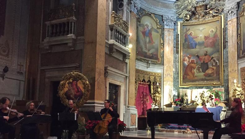 教会でニューイヤーコンサートを楽しむ@ローマ
