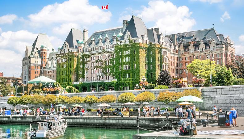イギリス文化の残る美しいガーデンシティ、ビクトリアへワンデイトリップ@カナダ