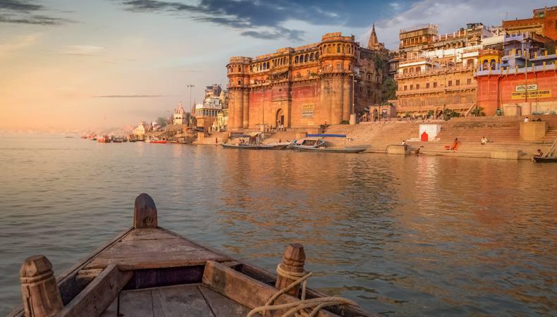 ヒンドゥー教の聖地、ガンジス河を訪れる@インド