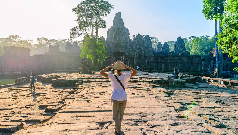 カンボジア - 遺跡観光とガイドさんとの出会い