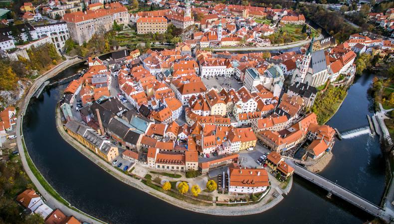 チェコの古都、チェスキークルムロフでお城と街歩き