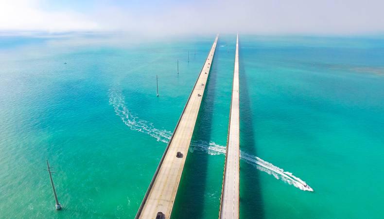 アメリカでセブンマイル・ブリッジをドライブしよう