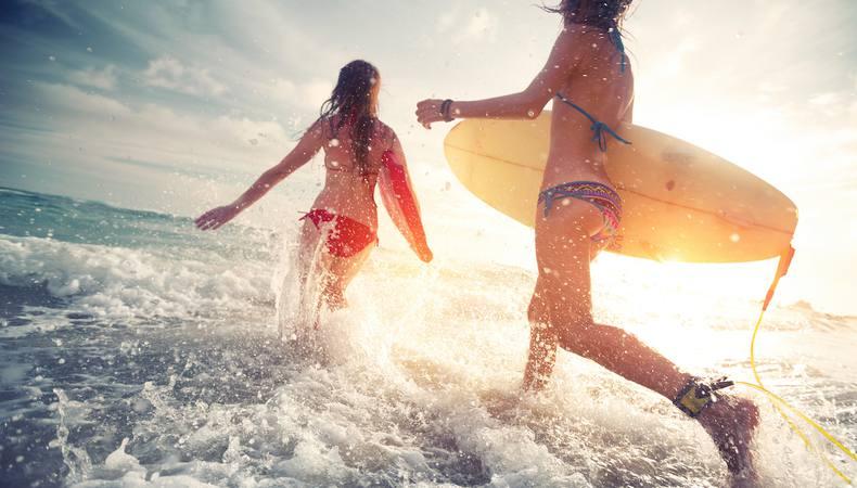 オーストラリアでサーフィンに初挑戦!