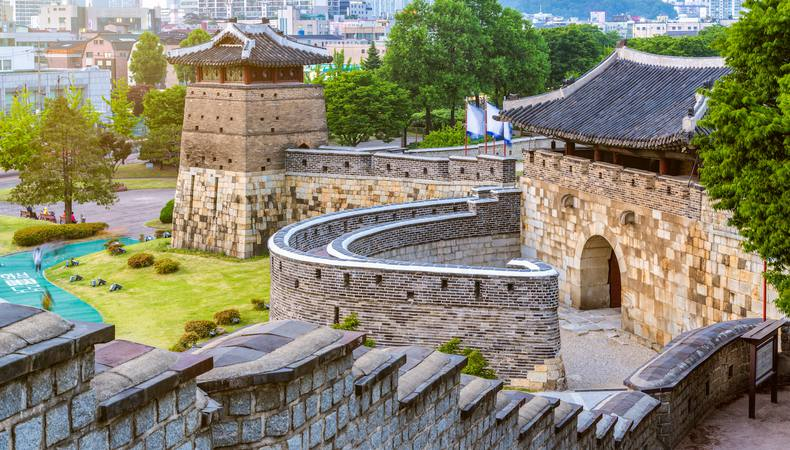 ソウルから足を伸ばして世界遺産の水原華城へ
