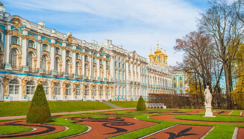 ロシアで人気、エカテリーナ宮殿の「琥珀の間」を見に行く
