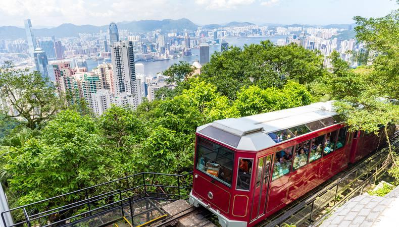香港市内観光は午前中にサクッと!ペニンシュラホテルで飲茶ランチも!?