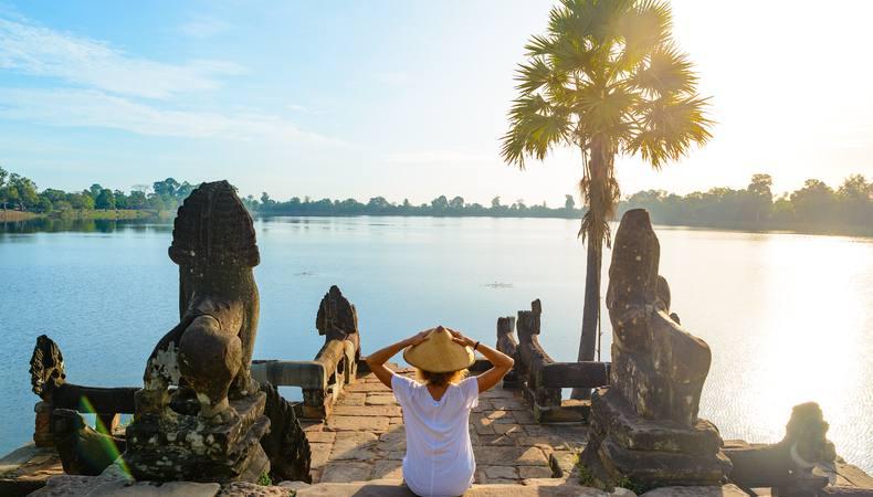 カンボジアで異文化体験!大当たりの占いにビックリ