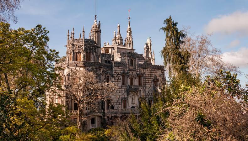 遺跡好きの人はぜひ!ポルトガルのレガレイラ宮殿