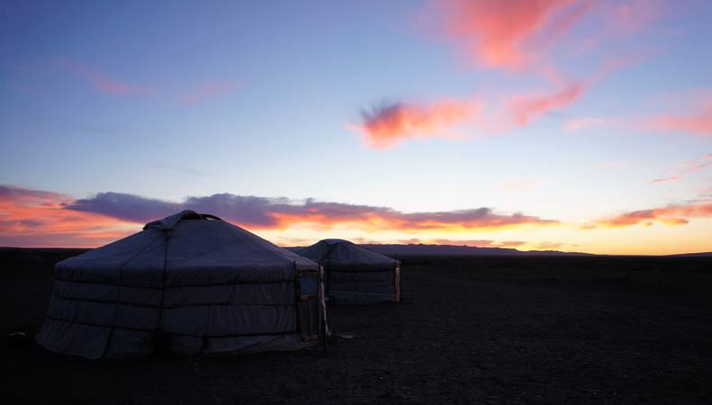モンゴルでゲルに泊まりたい!