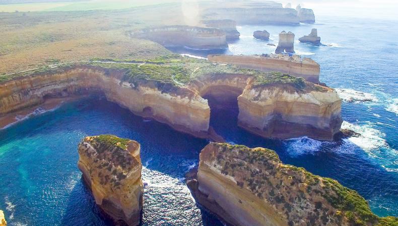 世界で一番美しい海沿いのドライブルート