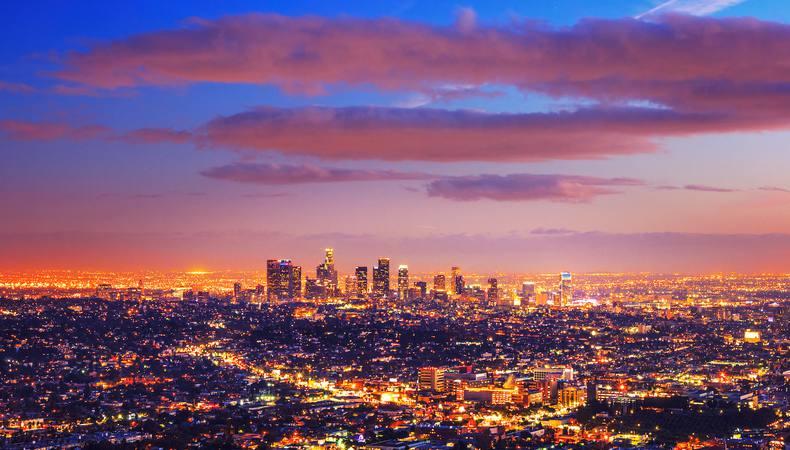 ロサンゼルスの夜はゴージャスにセスナで夜景鑑賞!