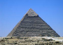 https://pixabay.com/sv/photos/egypten-pyramiden-kultur-grav-84492/