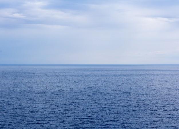 https://pixabay.com/sv/photos/havet-horisonten-himmel-ocean-1719956/