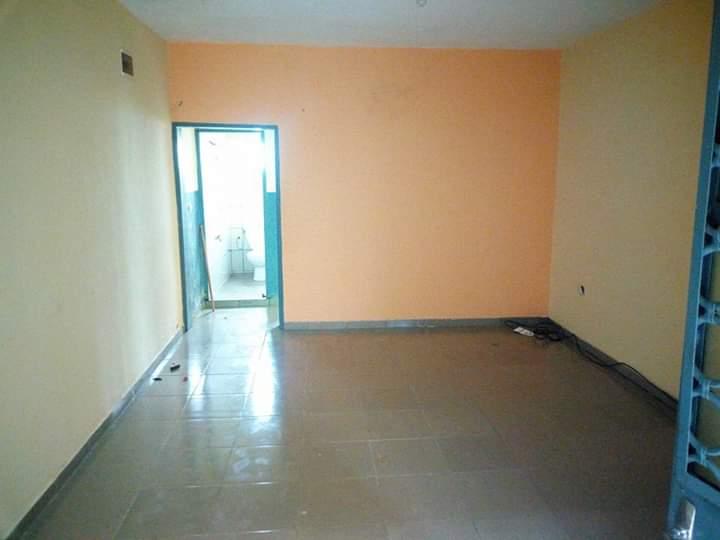 Appartement à louer - Douala, Makepe, DERRIERE LE LYCEE DE MAKEPE - 1 salon(s), 1 chambre(s), 1 salle(s) de bains - 45 000 FCFA / mois