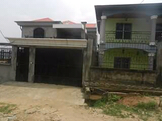 House (Duplex) for sale - Douala, Logbessou I, Derriere isicom - 1 living room(s), 6 bedroom(s), 4 bathroom(s) - 60 000 000 FCFA / month