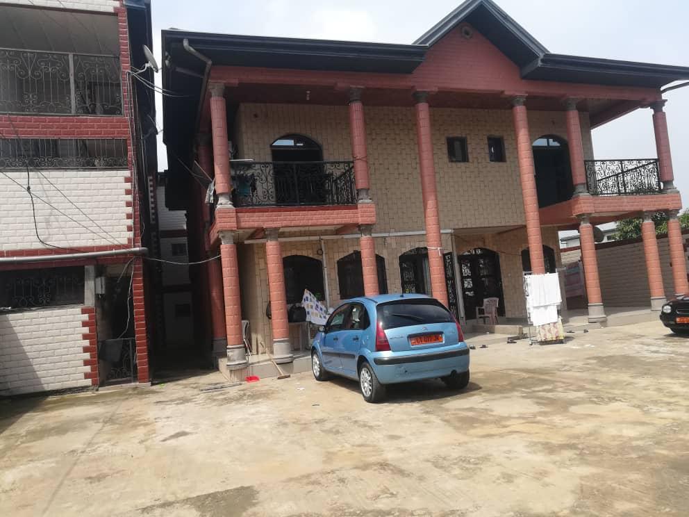 Apartment to rent - Douala, Akwa I, Makepe monde - 1 living room(s), 1 bedroom(s), 1 bathroom(s) - 60 000 FCFA / month