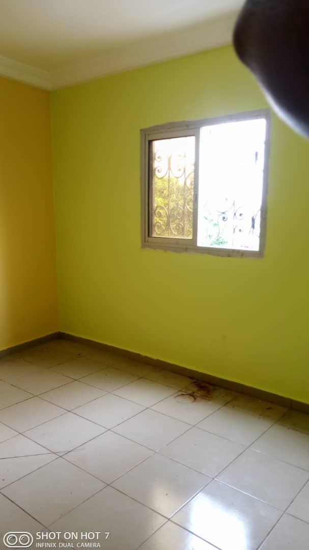 Apartment to rent - Douala, PK 11, C'est a pk12 - 1 living room(s), 1 bedroom(s), 1 bathroom(s) - 55 000 FCFA / month