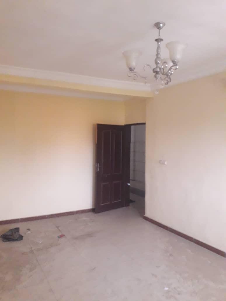 Apartment to rent - Douala, Logbessou I, Après la station nickel oil - 1 living room(s), 2 bedroom(s), 2 bathroom(s) - 80 000 FCFA / month