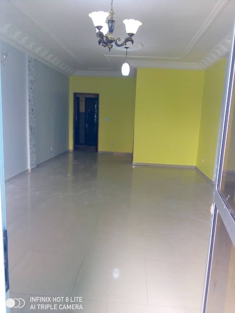 Apartment to rent - Douala, PK 14, C'est a pk13 - 1 living room(s), 2 bedroom(s), 2 bathroom(s) - 105 000 FCFA / month