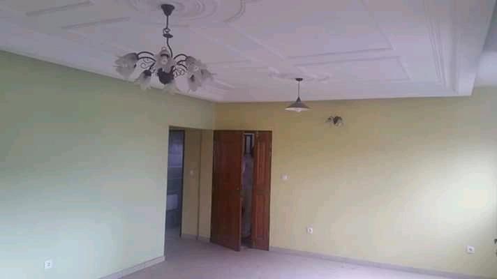 Apartment to rent - Douala, Makepe, Ver bm - 1 living room(s), 3 bedroom(s), 3 bathroom(s) - 200 000 FCFA / month