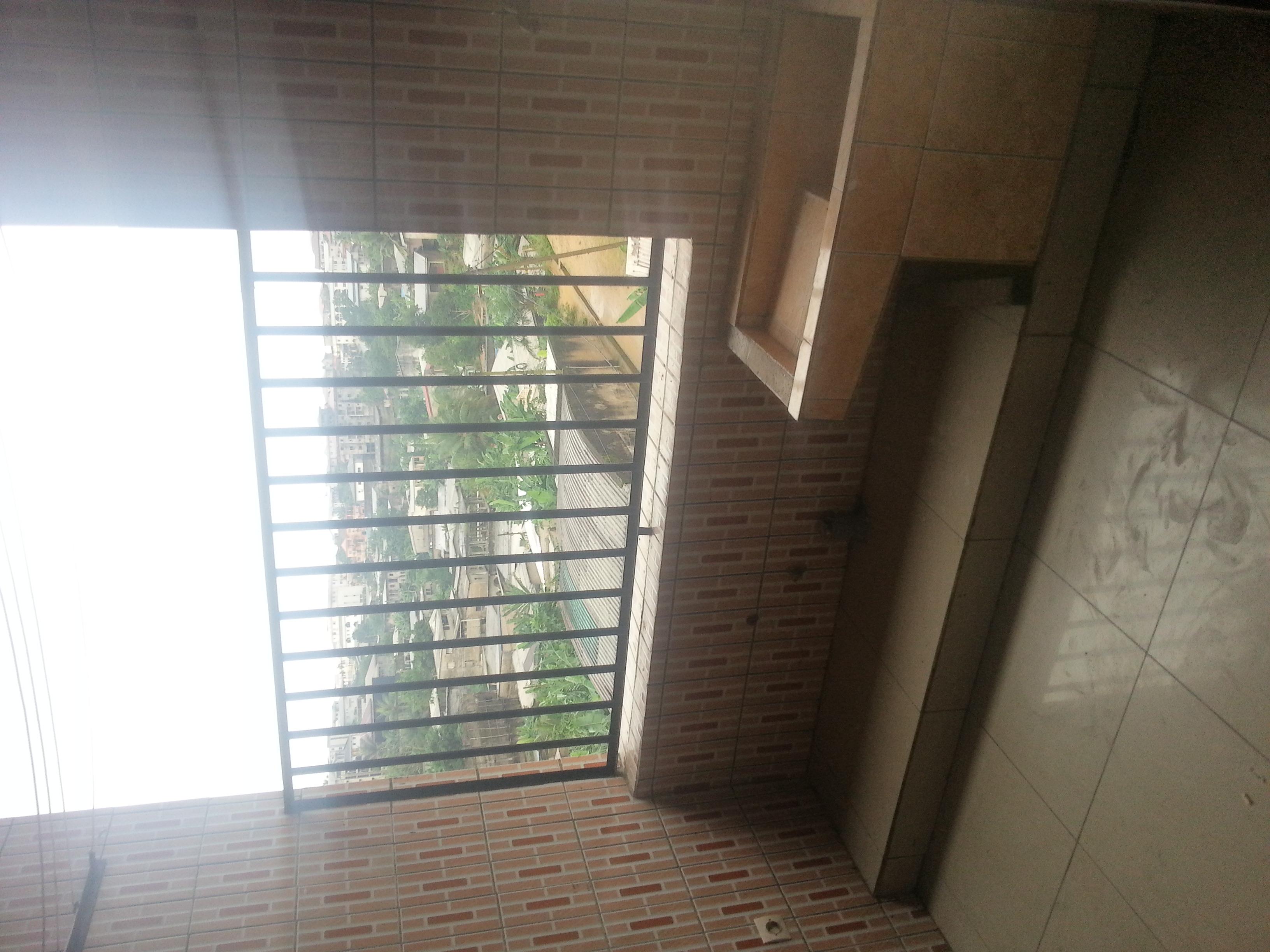 Appartement à louer - Douala, Logpom, basson - 1 salon(s), 2 chambre(s), 1 salle(s) de bains - 120 000 FCFA / mois