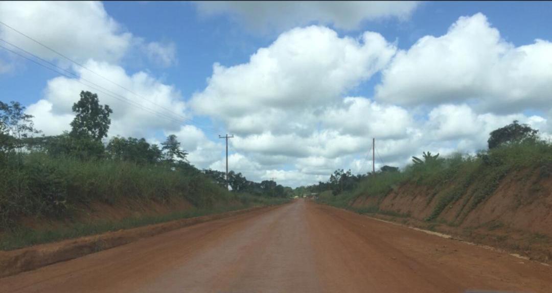 Terrain à vendre - Douala, PK 27, Carrefour PK31 - 1000 m2 - 5 000 000 FCFA