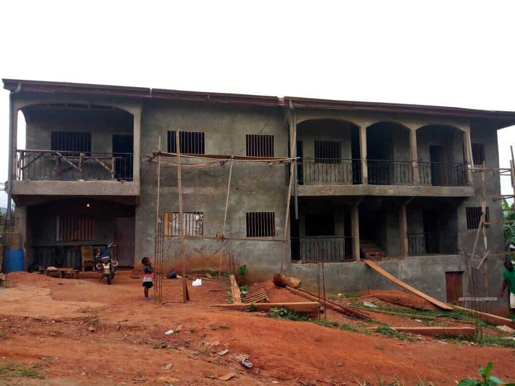 House (Villa) for sale - Yaoundé, Nyom, Immeuble inachevé à vendre Yaoundé Nyom - 1 living room(s), 4 bedroom(s), 3 bathroom(s) - 60 000 000 FCFA / month