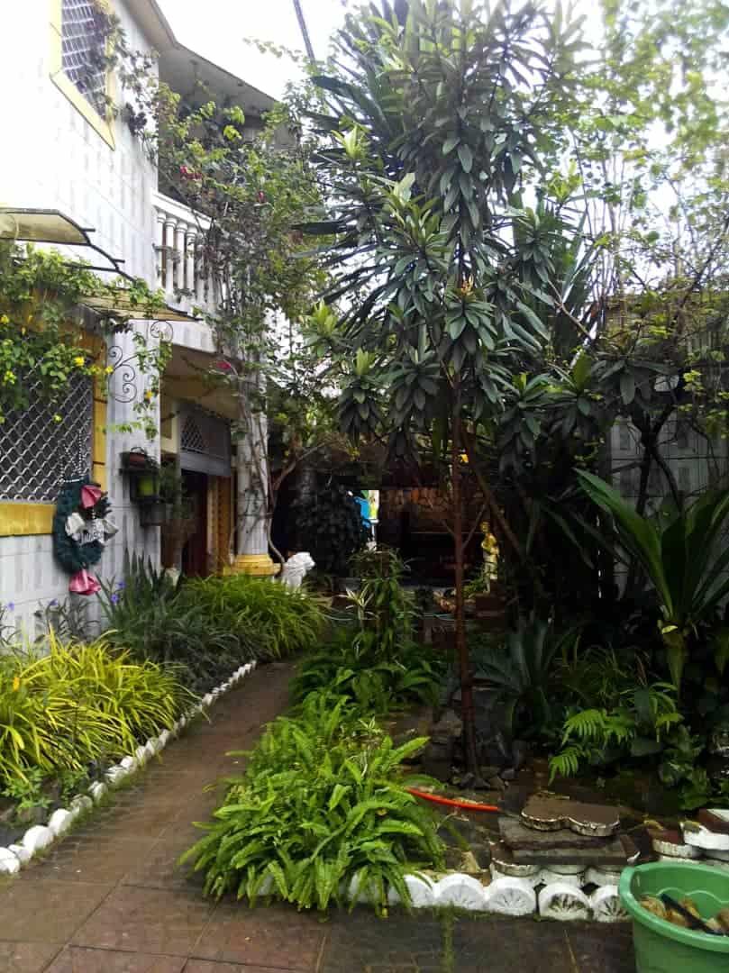 Maison (Duplex) à louer - Douala, Bonamoussadi, Ver hôtel mbaya - 3 salon(s), 4 chambre(s), 5 salle(s) de bains - 500 000 FCFA / mois