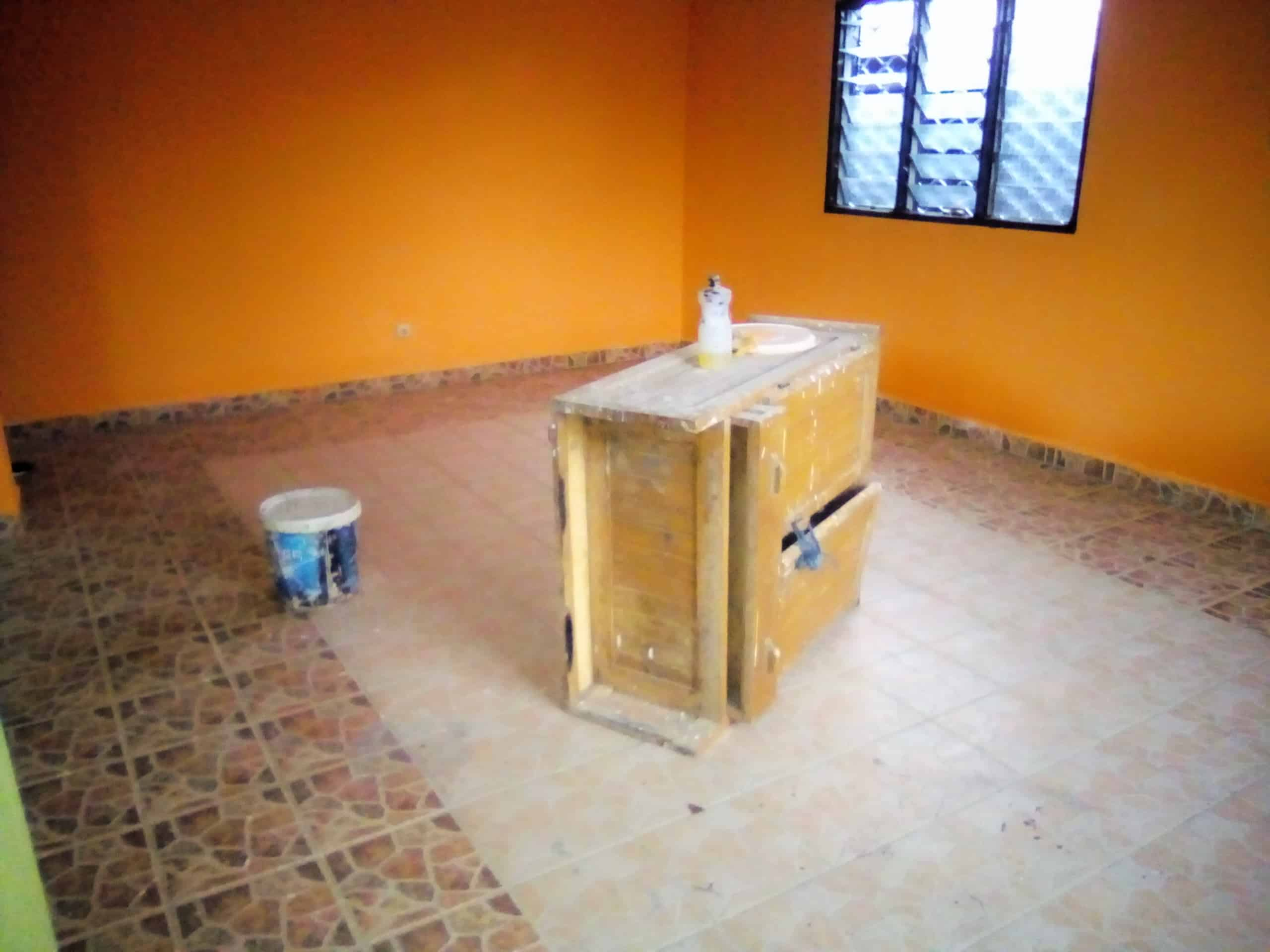 House (Villa) to rent - Douala, Makepe, MAKEPE - 1 living room(s), 3 bedroom(s), 2 bathroom(s) - 120 000 FCFA / month