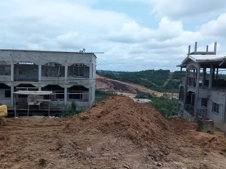 Land for sale at Douala, Lendi, Après la chefferie en allant vers NGOMBE - 5 m2 - 5 000 000 FCFA