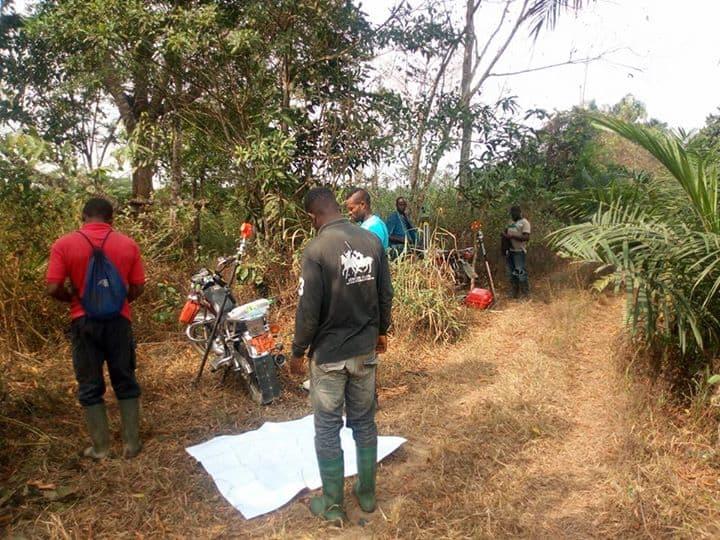Land for sale at Douala, PK 27, PLUS PRECISEMENT A pk30. le site est situé à moins d un kilomètre et demi de la route principale d'où les travaux de bitumage de l axe douala-yabassi sont déjà effectifs. - 300 m2 - 900 000 FCFA