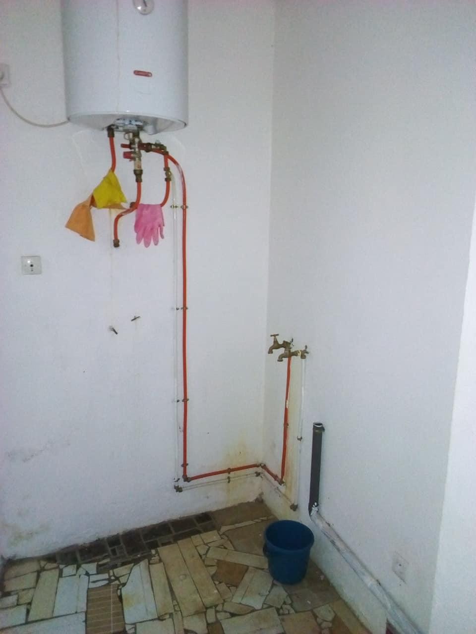 Appartement à louer - Yaoundé, Bastos, vers ambassade ditalie - 1 salon(s), 2 chambre(s), 3 salle(s) de bains - 650 000 FCFA / mois