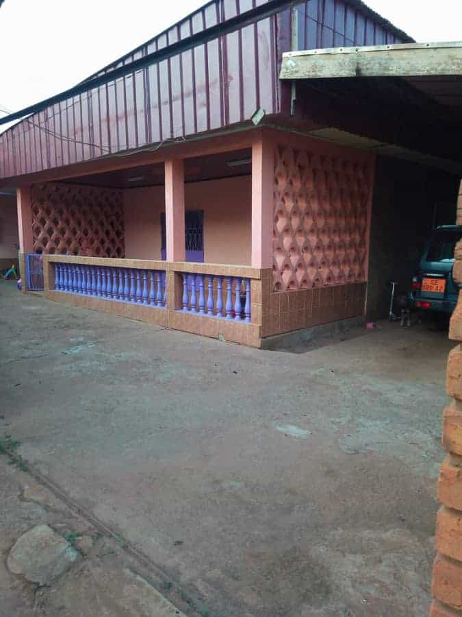 House (Villa) for sale - Yaoundé, Nkomo, maison à vendre à Yaoundé nkomo - 1 living room(s), 4 bedroom(s), 3 bathroom(s) - 65 000 000 FCFA / month