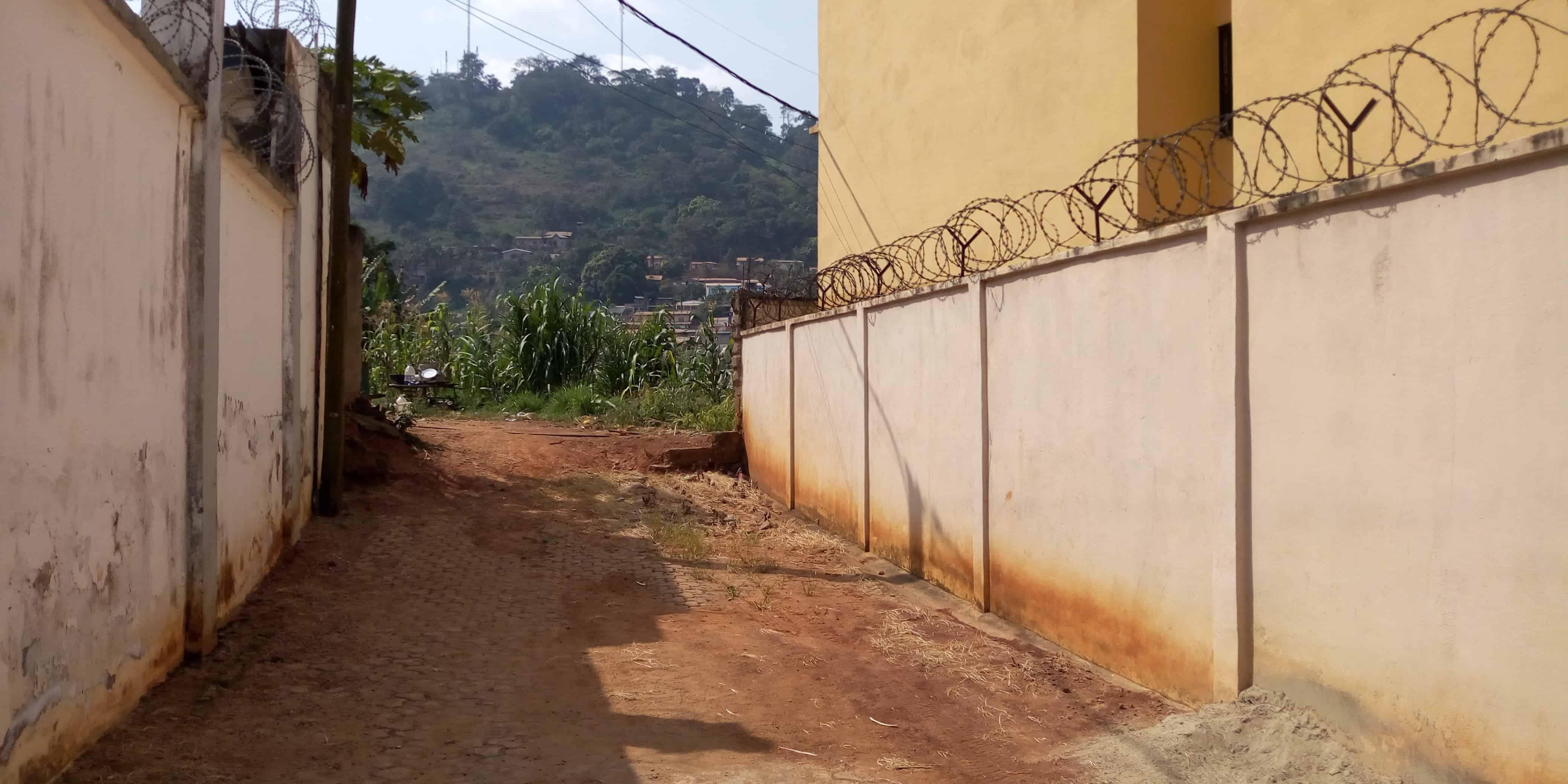 Land for sale at Yaoundé, Bastos, Terrain viabilisés a vendre Yaoundé golf club hypique - 1500 m2 - 712 500 000 FCFA