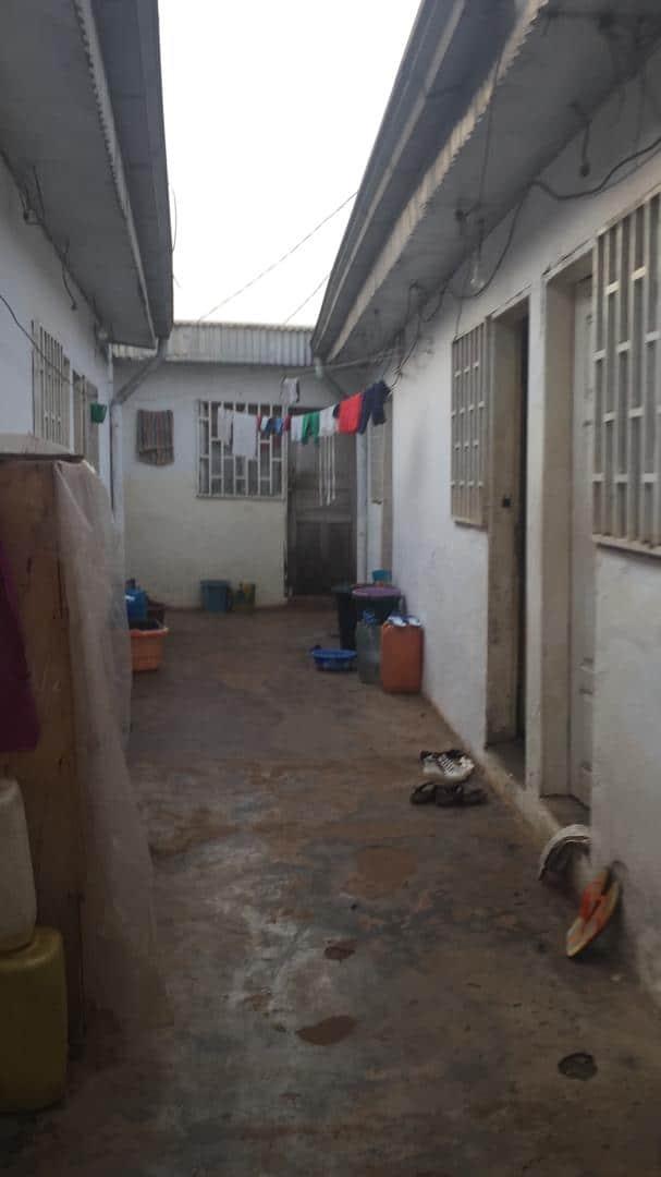 House (Villa) for sale - Yaoundé, Ekounou, maison à vendre Yaoundé ekounou - 1 living room(s), 4 bedroom(s), 3 bathroom(s) - 20 000 000 FCFA / month