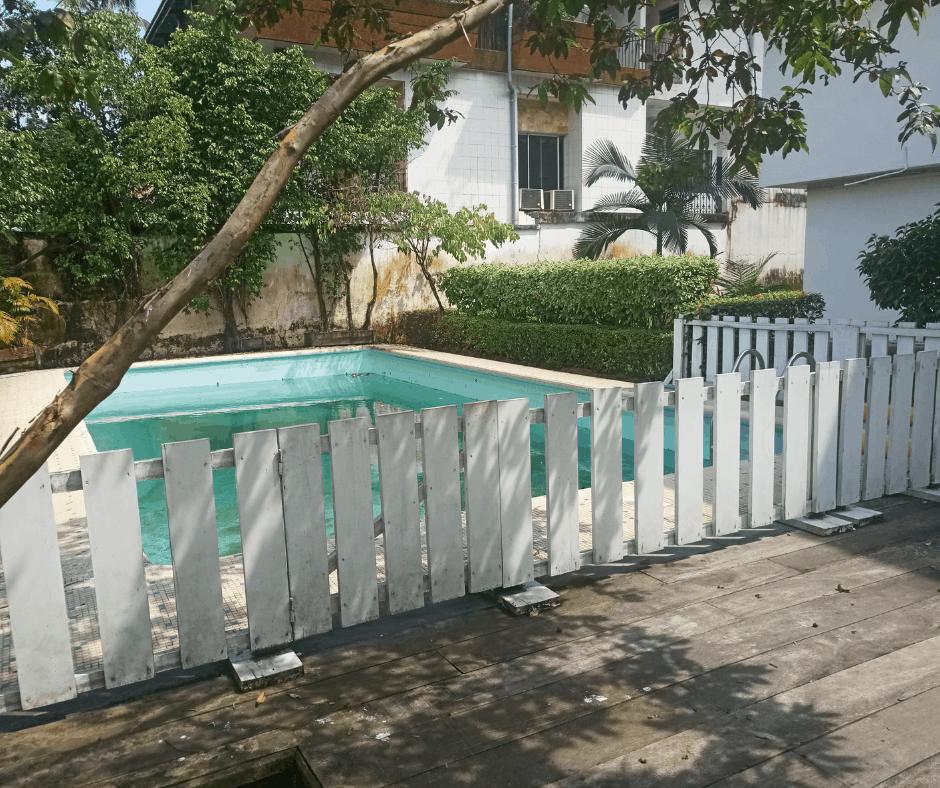 Maison (Villa) à louer - Douala, Bonanjo,  - 1 salon(s), 4 chambre(s), 3 salle(s) de bains - 2 500 000 FCFA / mois