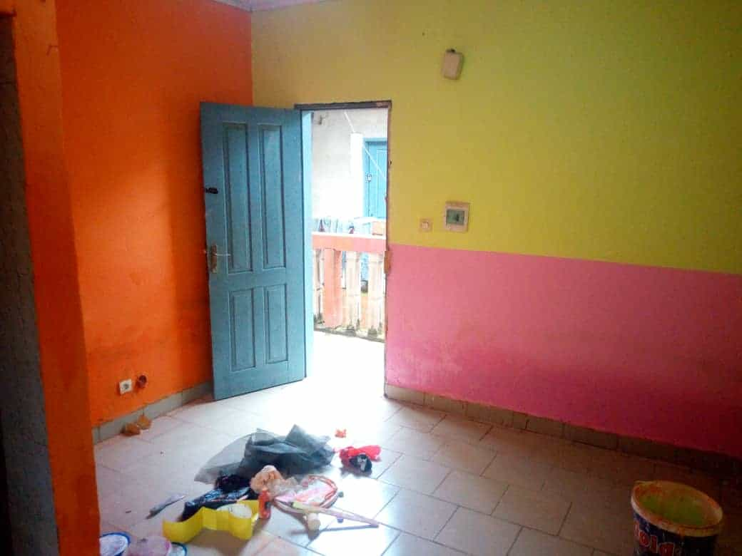 Studio to rent - Douala, Makepe, Derrière le lycée de MAKEPÈ - 20 000 FCFA / month