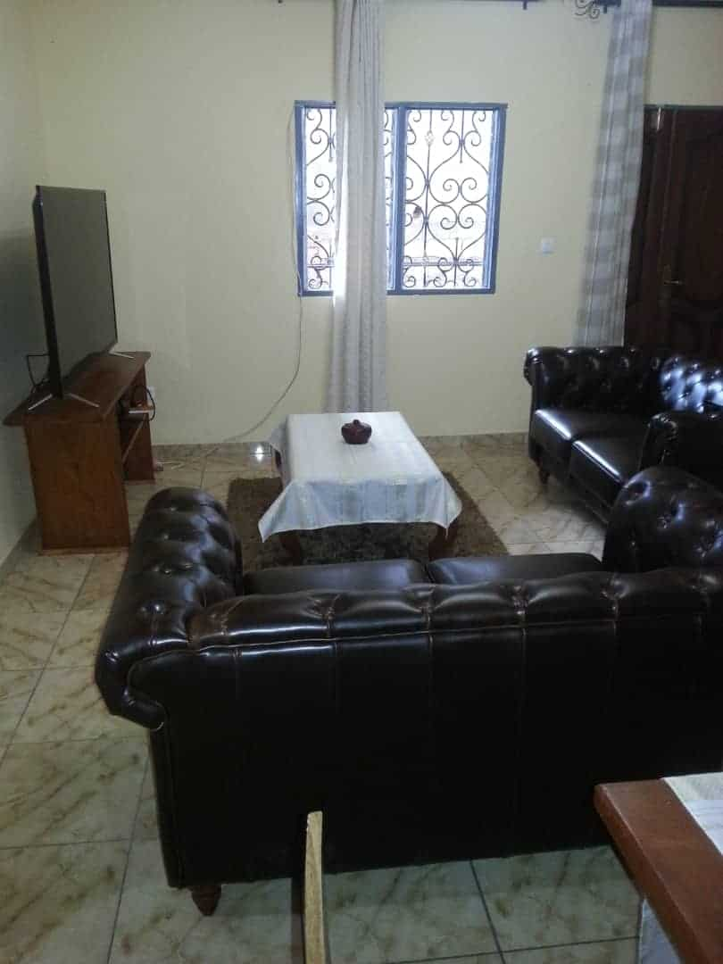 Apartment to rent - Yaoundé, Odza, Tropicana - 1 living room(s), 2 bedroom(s), 1 bathroom(s) - 550 000 FCFA / month
