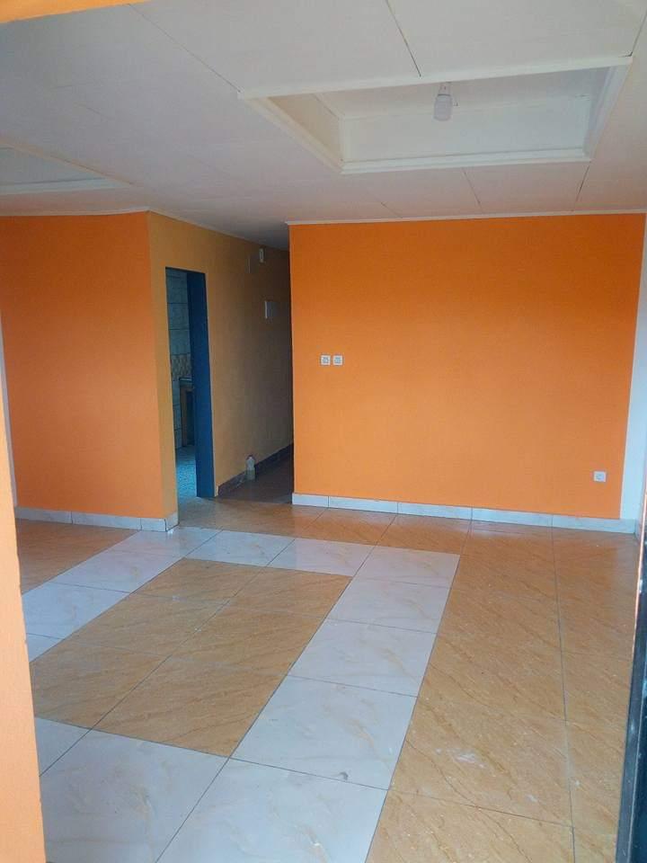 Appartement à louer - Douala, Makepe, Mosquée derrière le lycée de makepè - 1 salon(s), 1 chambre(s), 1 salle(s) de bains - 50 000 FCFA / mois