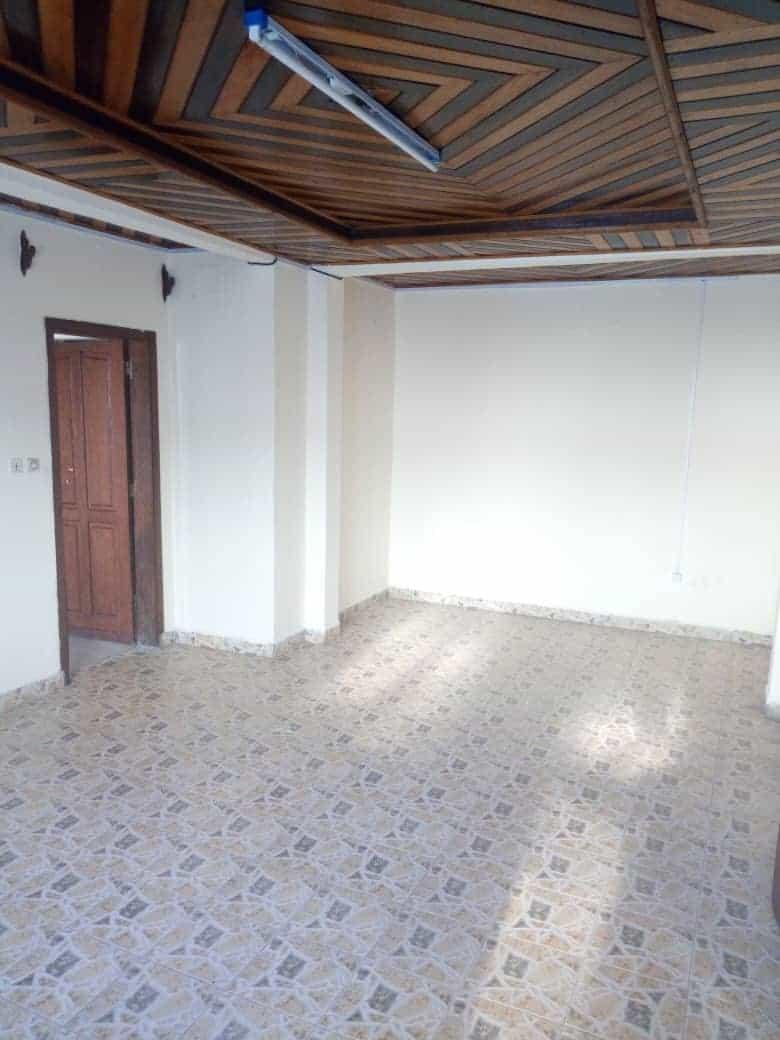 Appartement à louer - Douala, Makepe, Rhône Poulenc - 1 salon(s), 2 chambre(s), 2 salle(s) de bains - 100 000 FCFA / mois