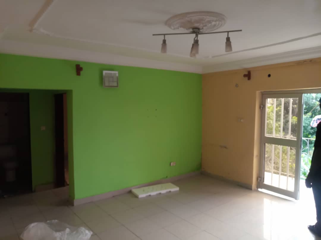 Apartment to rent - Douala, Makepe, Ver cour suprême - 1 living room(s), 2 bedroom(s), 2 bathroom(s) - 130 000 FCFA / month