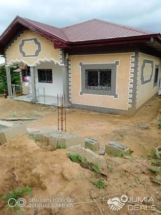 Maison (Villa) à vendre - Douala, Logbessou II, crtv - 1 salon(s), 3 chambre(s), 2 salle(s) de bains - 40 000 000 FCFA