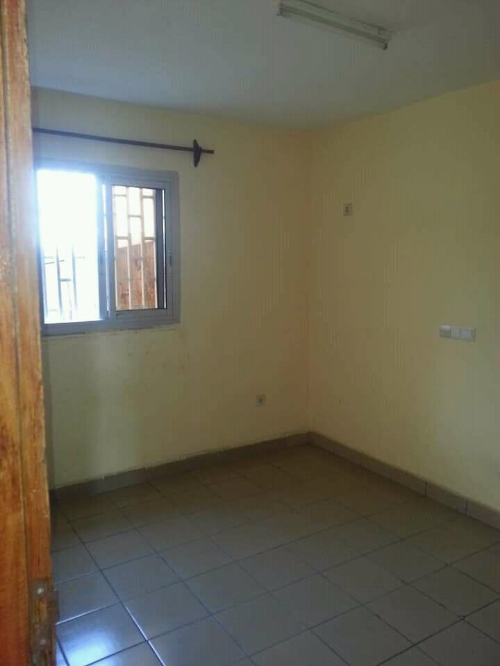Apartment to rent - Douala, Kotto, Ver mbangue - 1 living room(s), 2 bedroom(s), 1 bathroom(s) - 80 000 FCFA / month