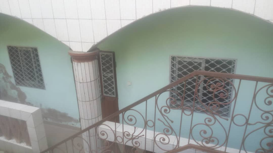 Apartment to rent - Douala, Logbessou II, logbessous - 1 living room(s), 2 bedroom(s), 1 bathroom(s) - 60 000 FCFA / month