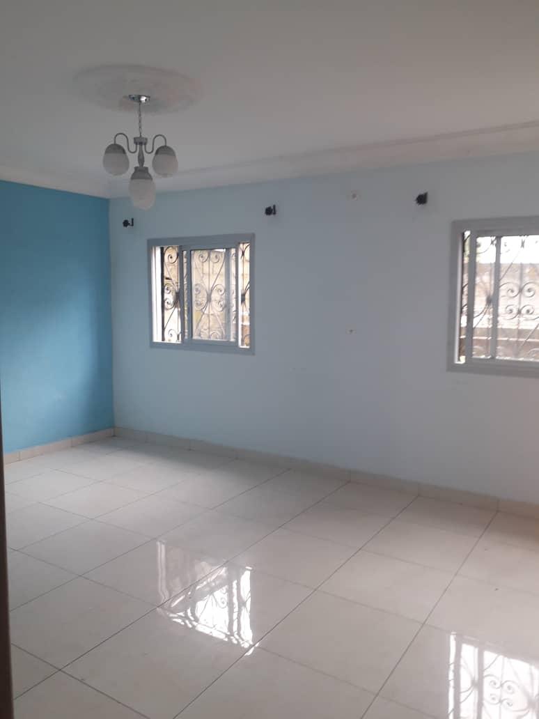Apartment to rent - Douala, Logpom, Ver papyrus - 1 living room(s), 2 bedroom(s), 2 bathroom(s) - 110 000 FCFA / month