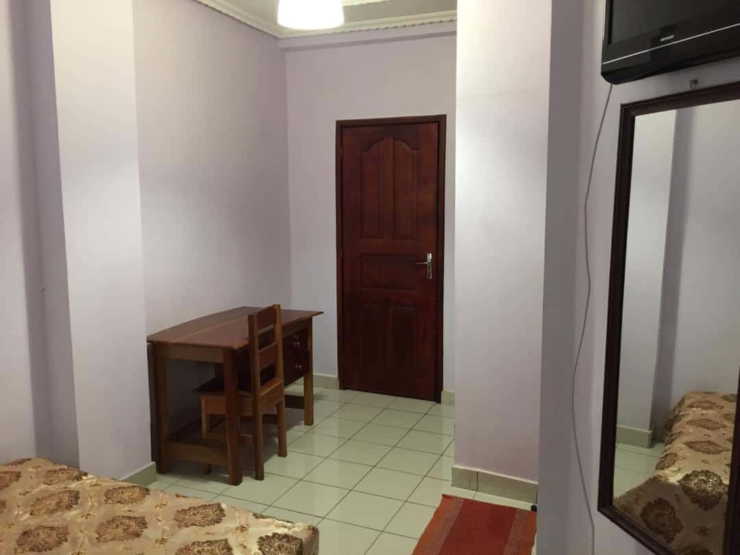 Apartment to rent - Douala, Logpom, Station Tradex - 1 living room(s), 2 bedroom(s), 1 bathroom(s) - 40 000 FCFA / month