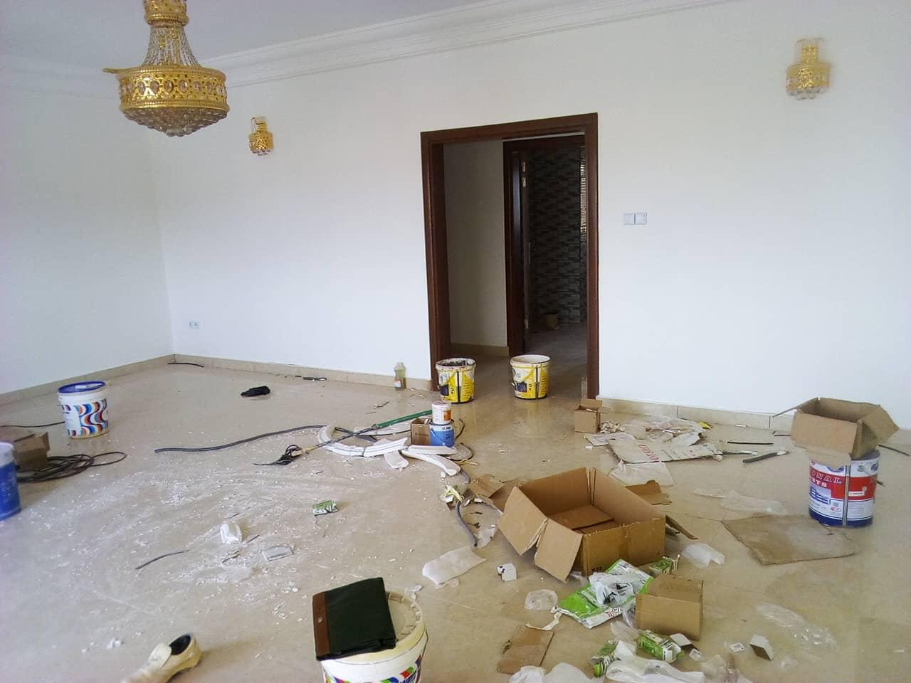 Appartement à louer - Yaoundé, Bastos, pas de lambassade despagne - 1 salon(s), 2 chambre(s), 3 salle(s) de bains - 700 000 FCFA / mois