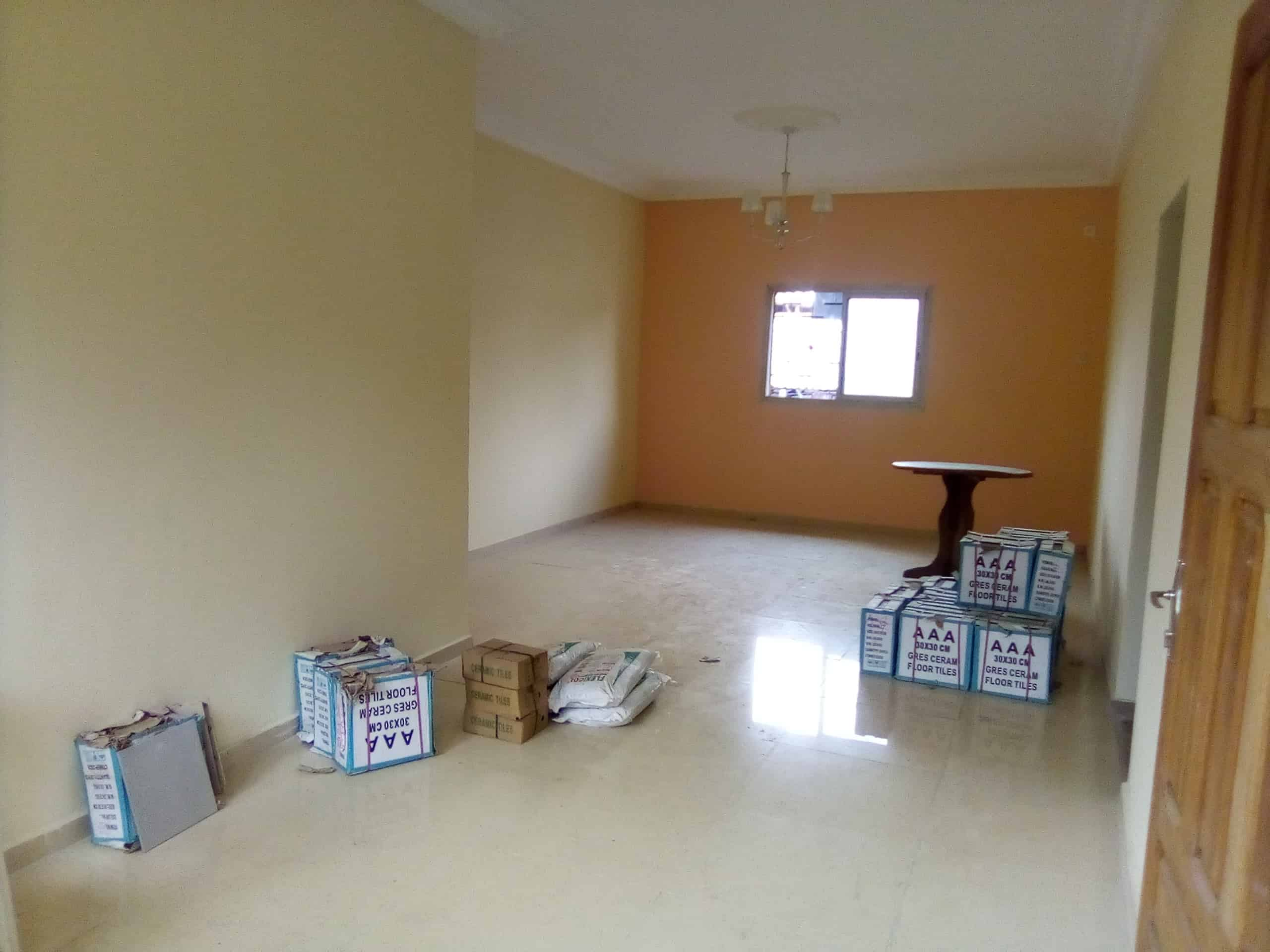 Apartment to rent - Douala, Makepe, BM - 1 living room(s), 3 bedroom(s), 2 bathroom(s) - 120 000 FCFA / month
