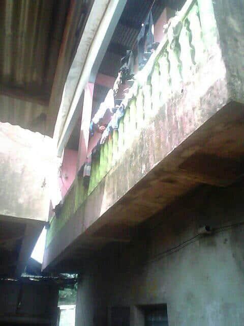 Maison (Concession) à vendre - Douala, Logpom, carrefour andem -  salon(s), 4 chambre(s), 1 salle(s) de bains - 4 000 000 FCFA